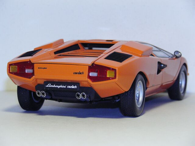 1 18 Scale Die Cast Models